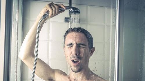 Bị vô sinh do tắm nước nóng có đúng không?