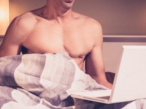 Nam giới thủ dâm có gây vô sinh không?