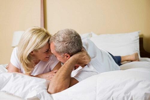 Xuất tinh sớm ở đàn ông trung niên nên làm gì?